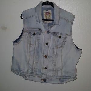 Jackets & Blazers - VINTAGE DENIM VEST